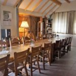 Woonkamer tafels en stoelen
